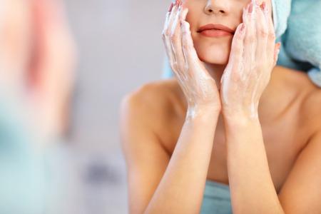 nettoyant visage nettoyant visage